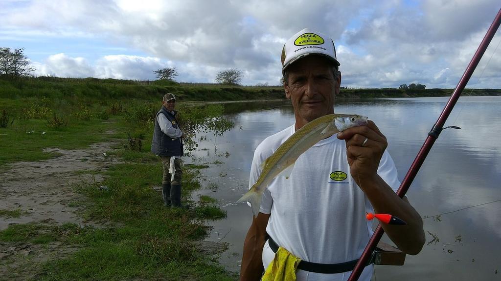 """""""El Destino"""", un lugar donde el pescador puede elegir el tamaño del pejerrey"""