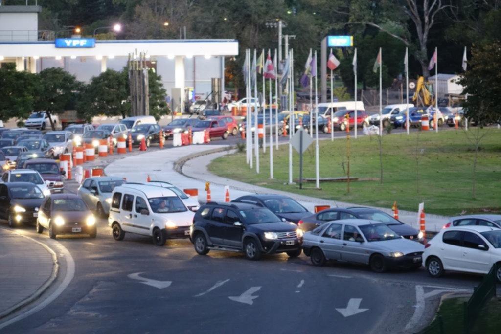 """Una """"hora pico eterna"""" en la Autopista por las obras viales en 122 y 32"""