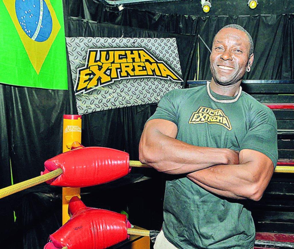 Jeff Aaliya, el ghanés que se enamoró de La Plata y es un referente de la lucha libre