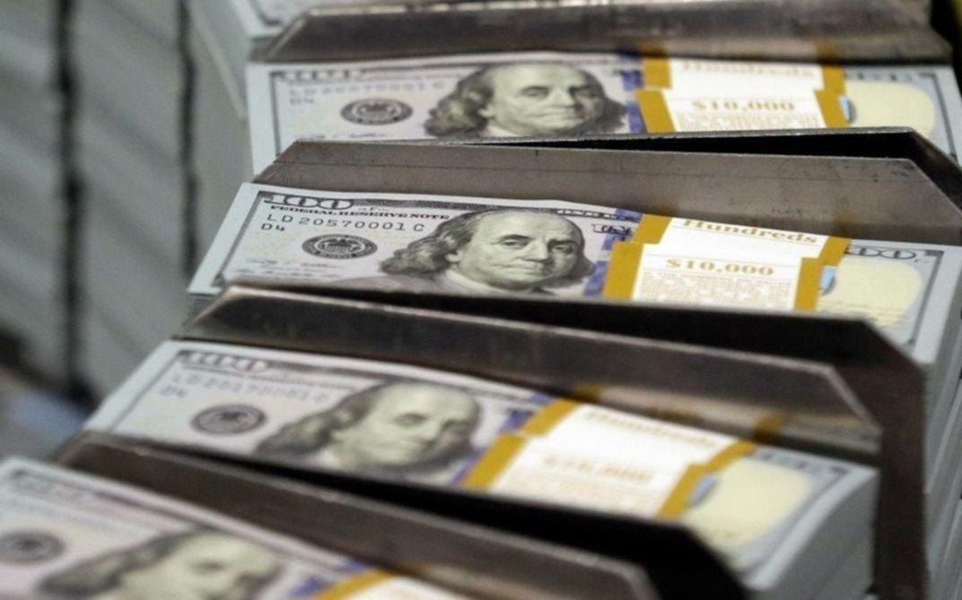 El dólar bajó a $45,55