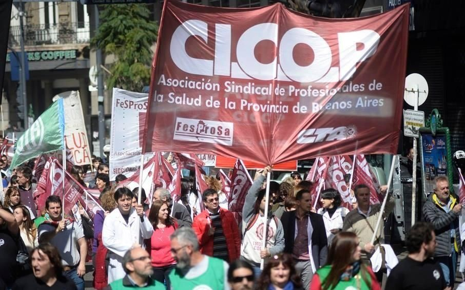 Médicos y judiciales bonaerenses van al paro este martes por salarios