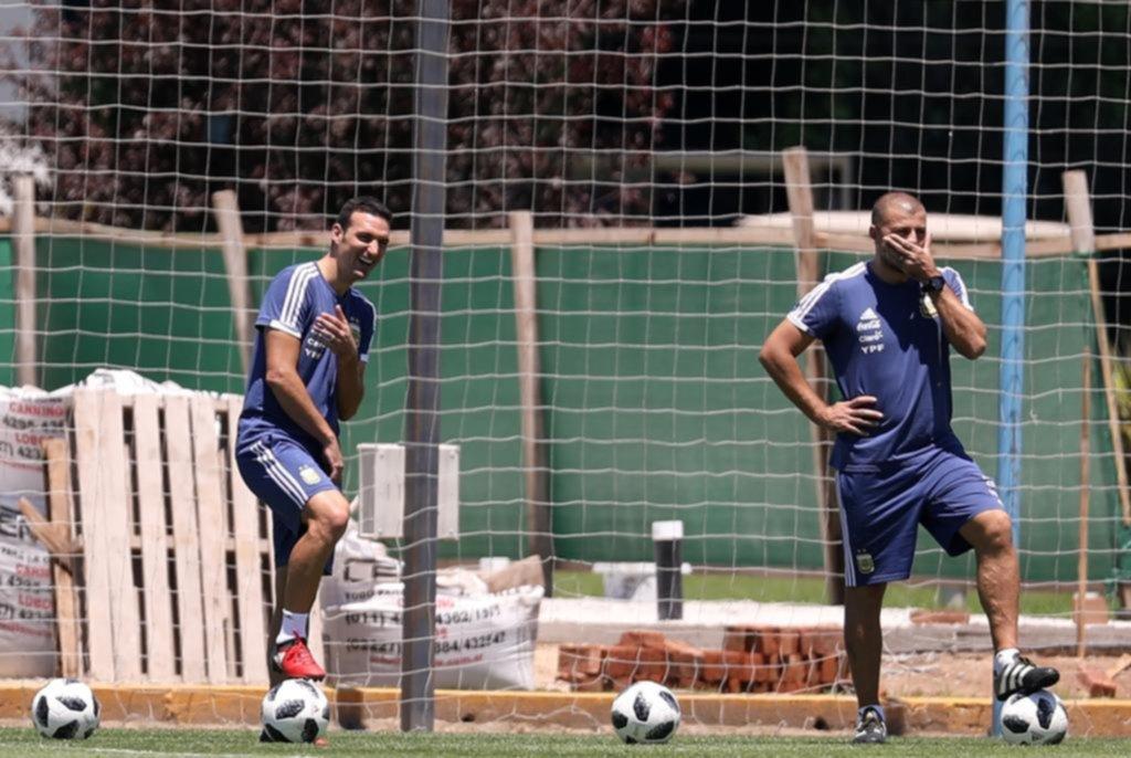 Scaloni amplió la lista preliminar y entre los convocados están Rulli, Meza, Foyth, Casco y Nacho Fernández