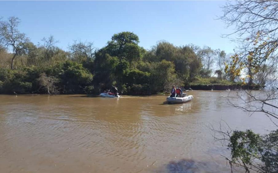 Luego de seis días de búsqueda, hallan muerto al pescador que cayó en un arroyo de Berisso