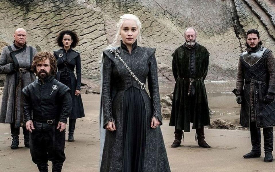 """Unos 350.000 seguidores de """"Game of Thrones"""" piden rehacer la última temporada"""