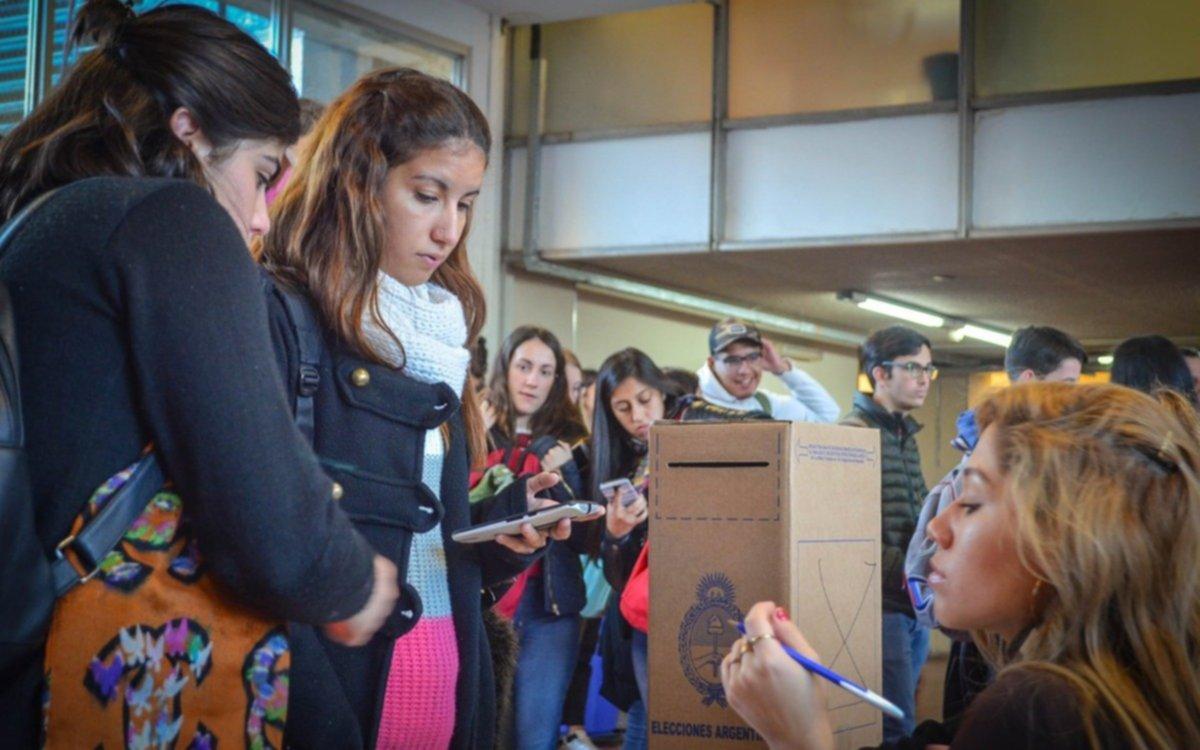 La Universidad de Córdoba elige autoridades con voto directo por primera vez en 405 años