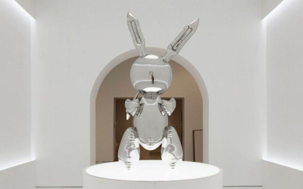 Venden Rabbit, una escultura de acero inoxidable, en 91 millones de dólares