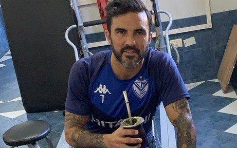 "Cubero salió a cruzar a Mauro Zárate: ""Siempre fue egoísta. No le da la cabeza"""