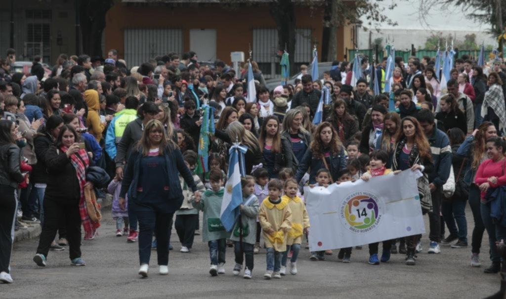 Colorido festejo por los 131 años de Villa Elisa