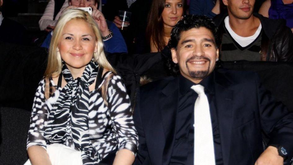 Maradona cachondeaba por chat con Rocío y Vero lo encontró: se pudrió todo