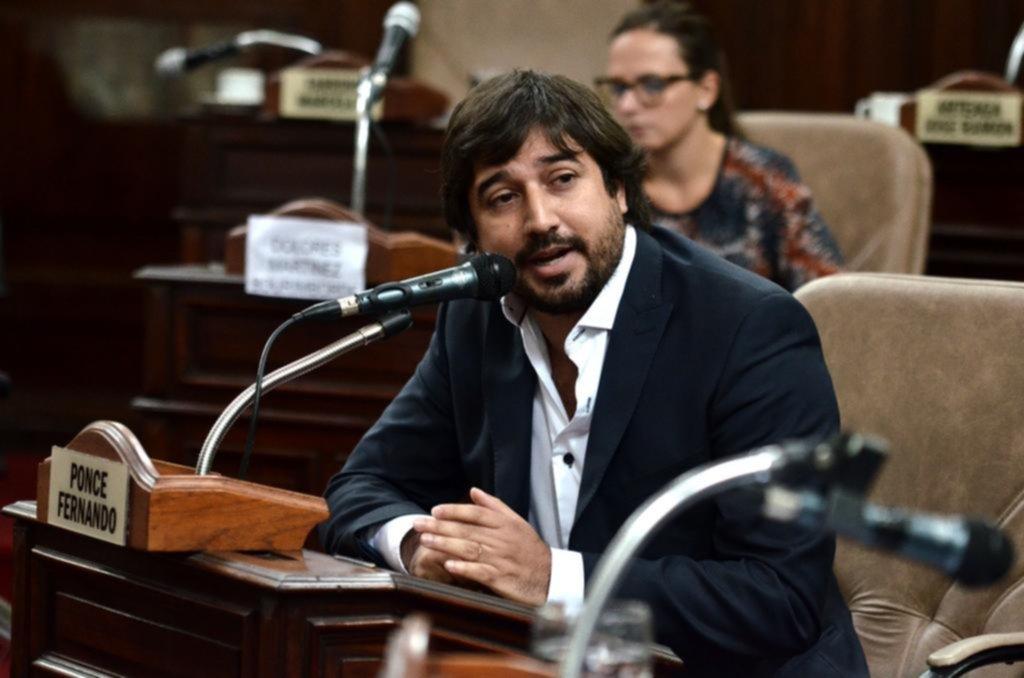 A Ponce lo sacaron del Concejo pero mantiene su poder en la Municipalidad