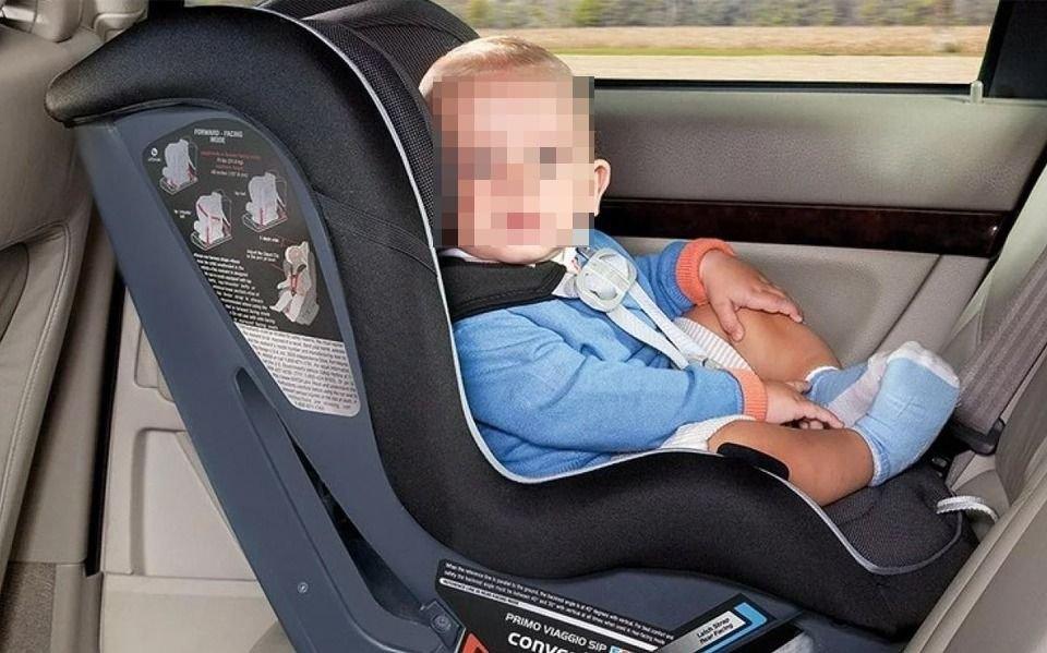 ¡Atención! Alertan por el mal uso de las sillas para bebés en los autos