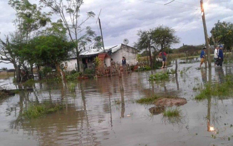 Más de 300 familias son afectadas por las inundaciones en Itatí y zonas aledañas