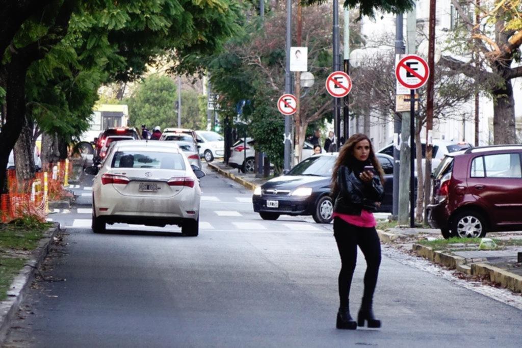 Esta vez, la prohibición de estacionar en la diagonal 73 arrancó con pocas multas