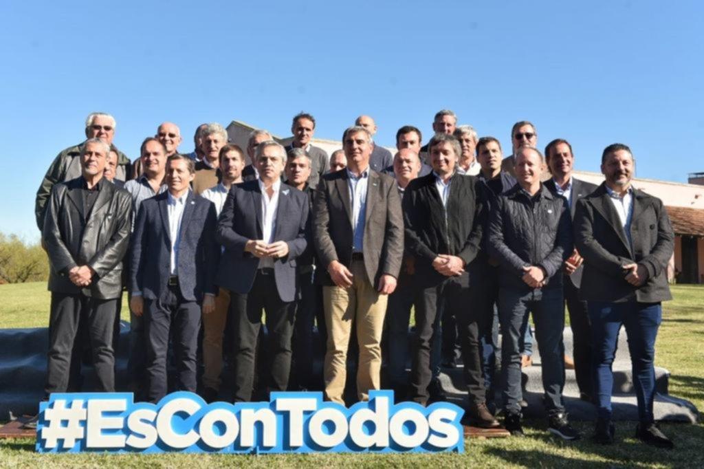 Primera foto de campaña de la fórmula Fernández-Fernández