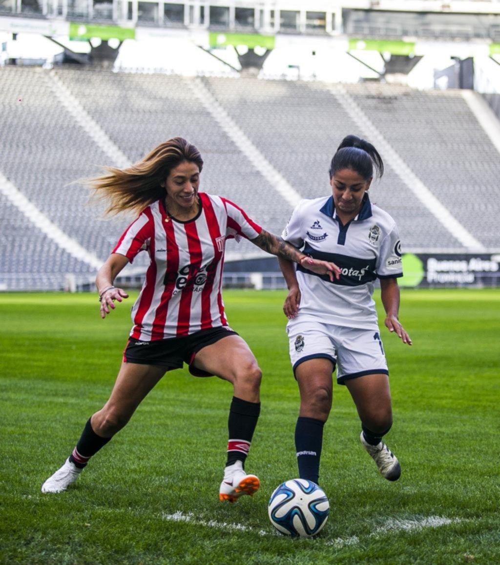 Abran cancha: el fútbol no tiene género