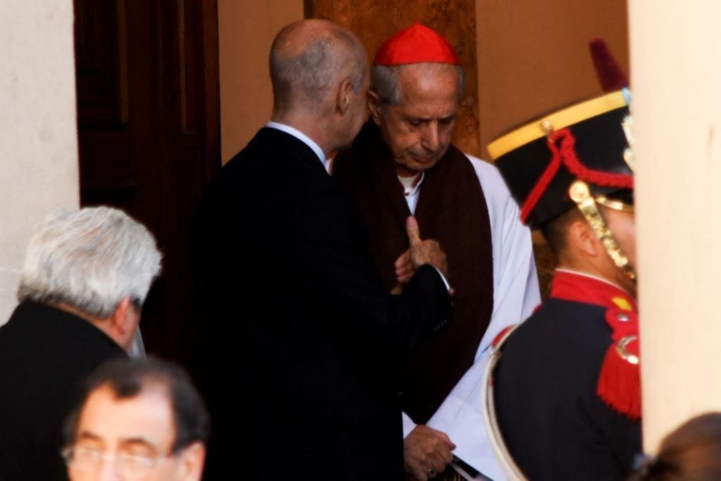 """El cardenal Poli pidió ir hacia """"un pacto nacional"""" sin intereses mezquinos"""