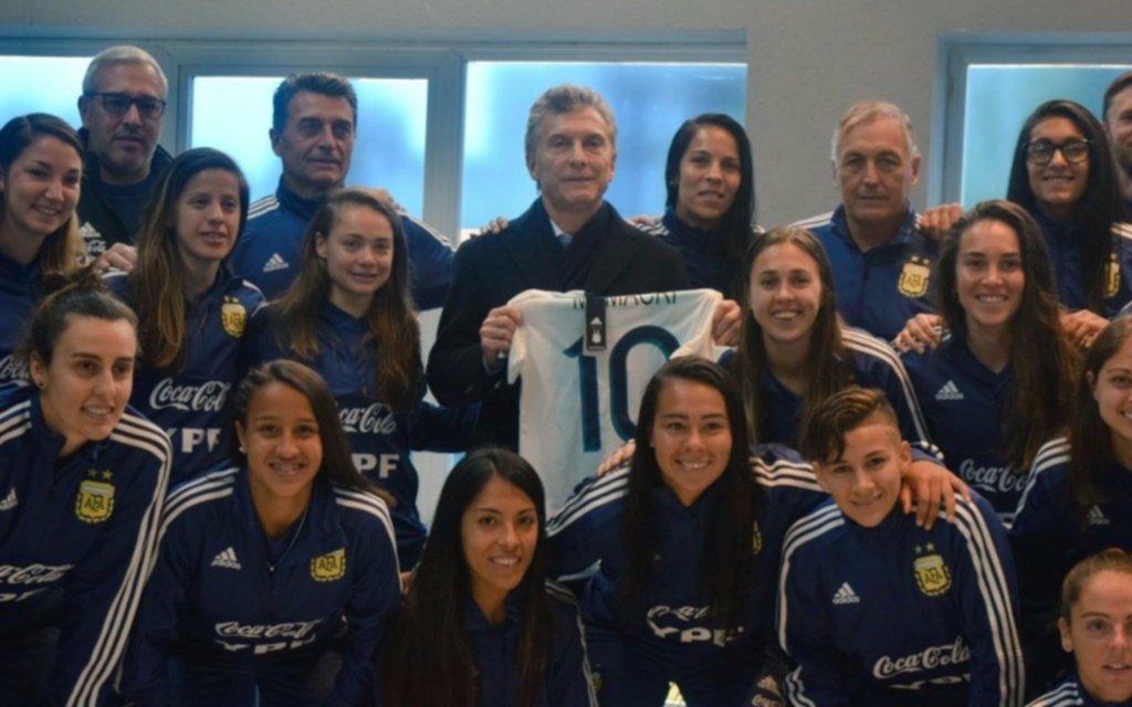 Macri saludó a la selección femenina previo al Mundial de Francia