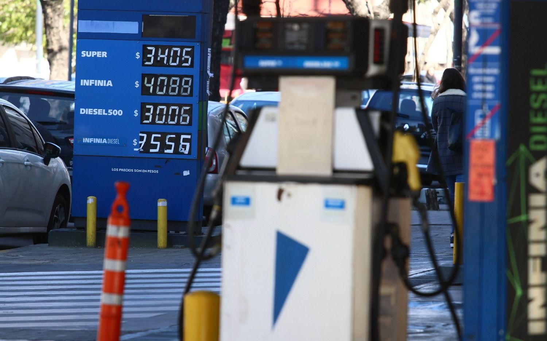Desde la medianoche suben 1,5% los combustibles de YPF — Aumento confirmado