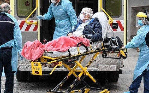 Nuevo récord de contagios en Chile y un carabinero herido en una protesta por falta de comida