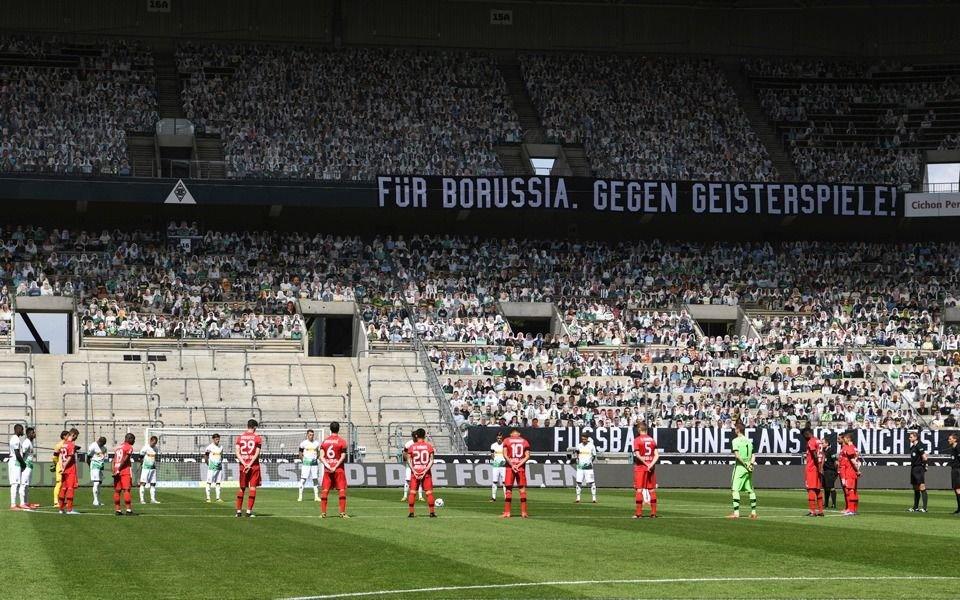El Bayern goleó y sigue arriba