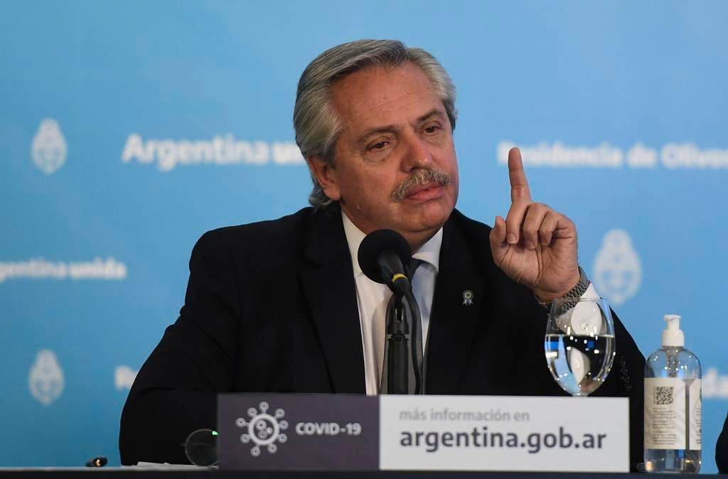 Tras queja de Chile, piden disculpas por gráficos que mostró Alberto F.