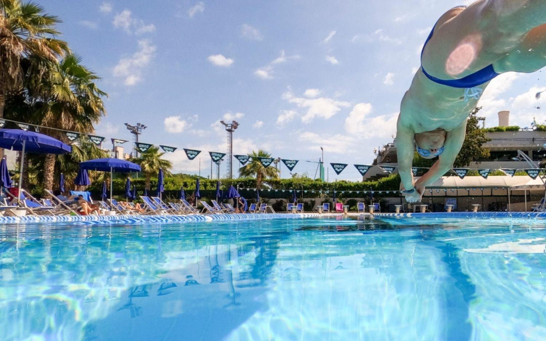 Así Italia reabrió gimnasios, piletas y centros deportivos tras 2 meses y medio de cierre