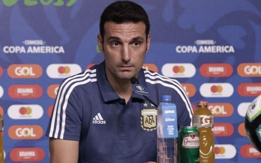 Scaloni quiere jugar en la Bombonera o Rosario