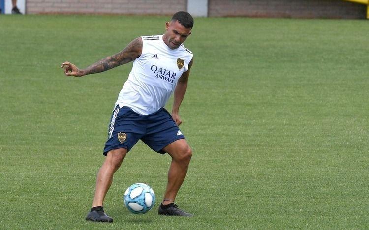 Boca licenció al plantel hasta el 8 de junio y gestiona contratos de Tevez, Zárate y Soldano
