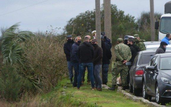 Hallan a tres infantes de marina asesinados, en un ataque a la base militar de la Armada en Uruguay