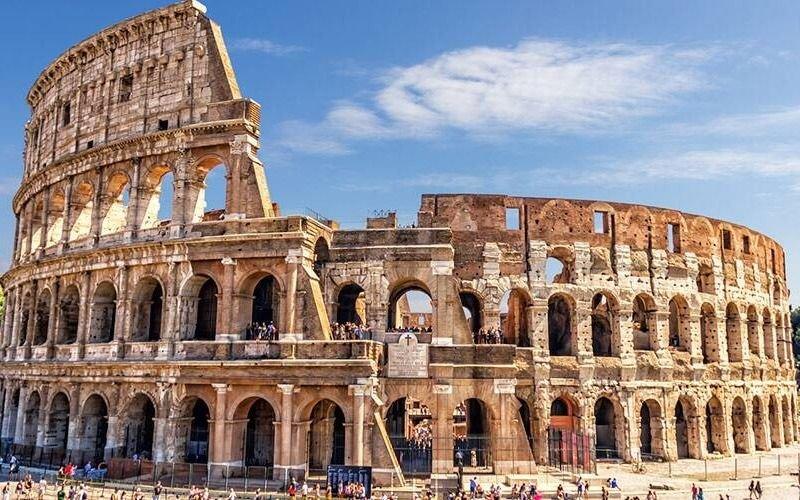 Italia presenta un proyecto para reconstruir el Coliseo romano