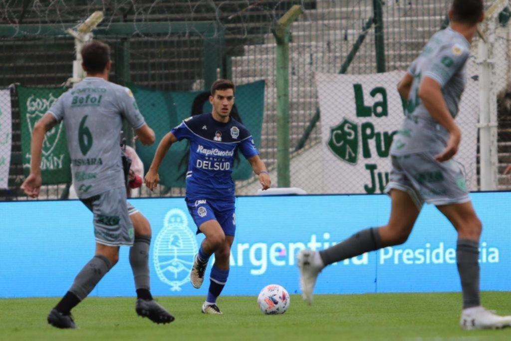 Lucas Barrios está de alta, y si responde bien, podrá estar ante Vélez