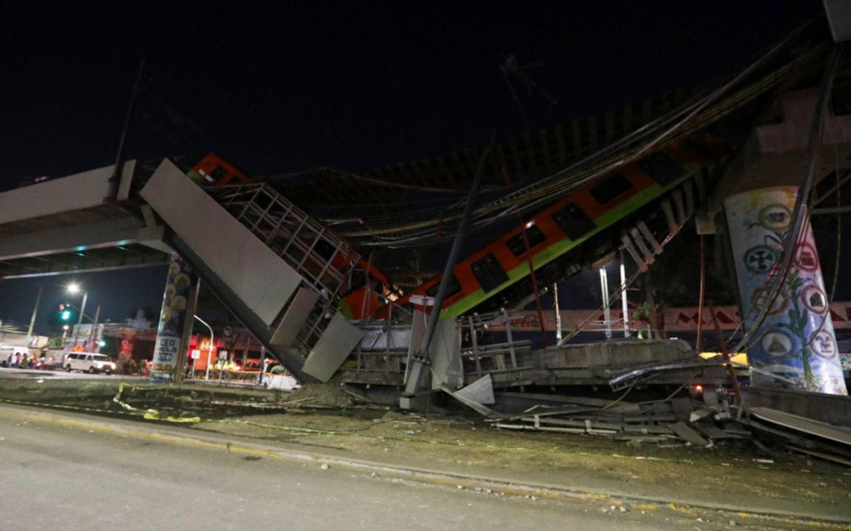 México: al menos 23 muertos y casi 70 heridos al desplomarse el metro sobre una avenida repleta de autos