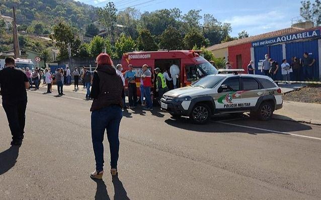 Locura en Brasil: adolescente entra a un Jardín y mata a tres niños y a una maestra