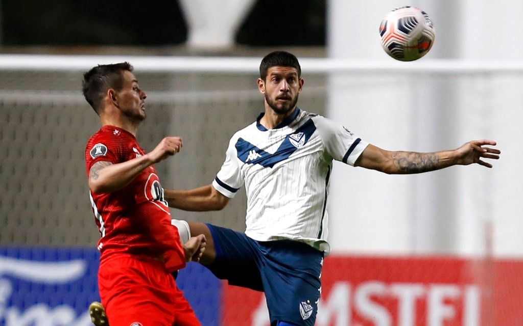 Vélez consiguió un triunfo clave ante Unión La Calera por la Libertadores