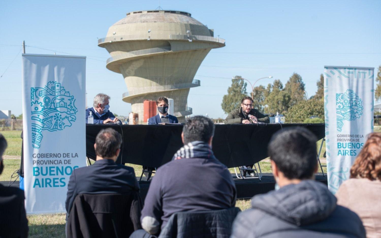 """Kicillof: """"Comenzamos a solucionar los problemas de agua potable en Bahía Blanca"""""""