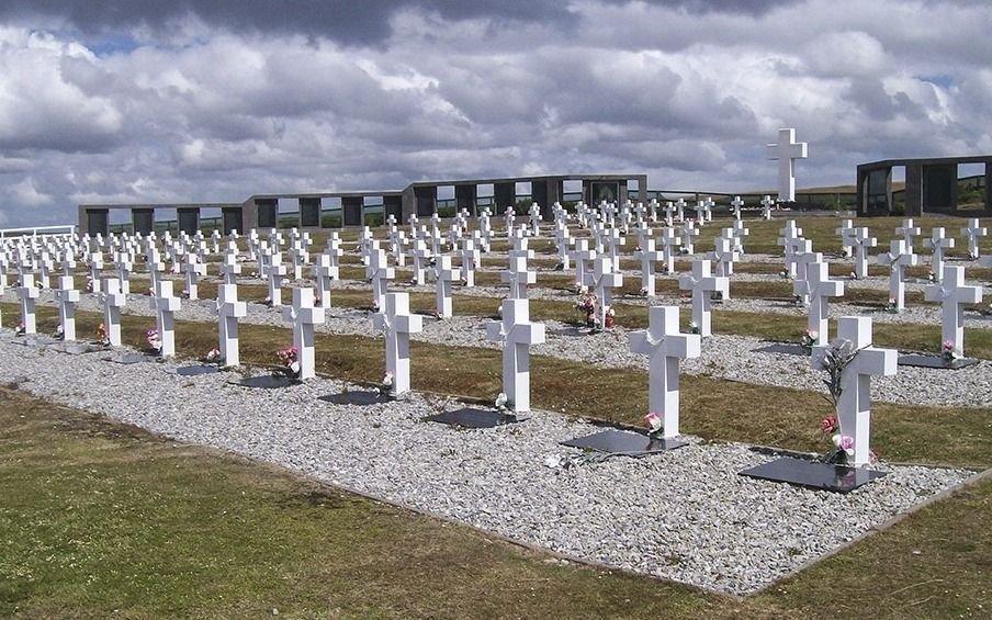 Malvinas: investigan si hay nuevos restos de soldados argentinos