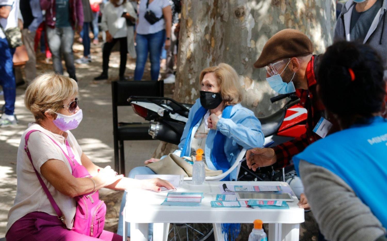 En las últimas 72 horas, La Plata sumó 82 muertes y 1.168 contagios