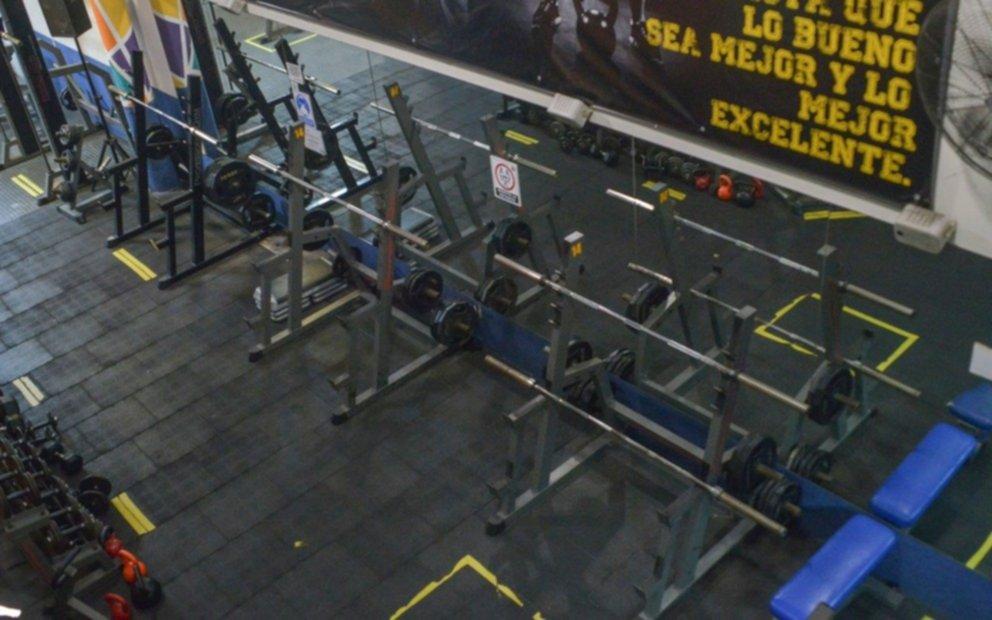 Los gimnasios de Santa Fe se rebelaron contra las prohibiciones y abrieron igual