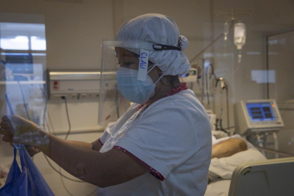 Aumentan los casos en todo el país y disminuye la caída de contagios en el AMBA