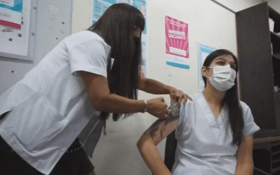 Vacunación contra el COVID: ya se aplicaron más de 200 mil dosis en La Plata