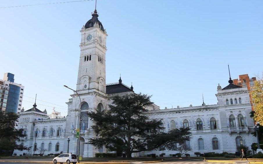 Se acordó un aumento salarial de 34 % para los municipales de La Plata