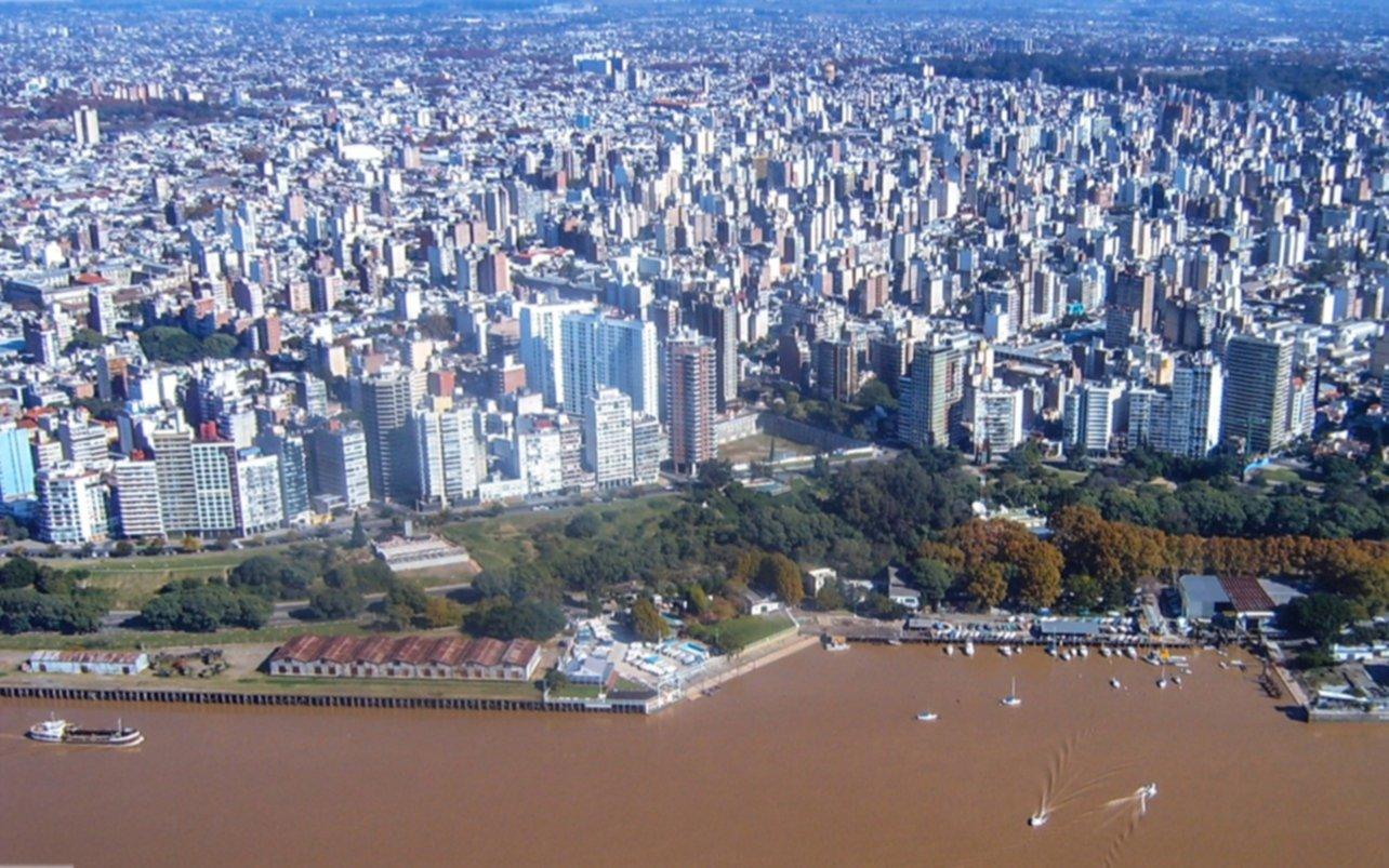 """Rosario y la ciudad de Santa Fe, en """"alerta sanitaria"""" por los casos de coronavirus"""