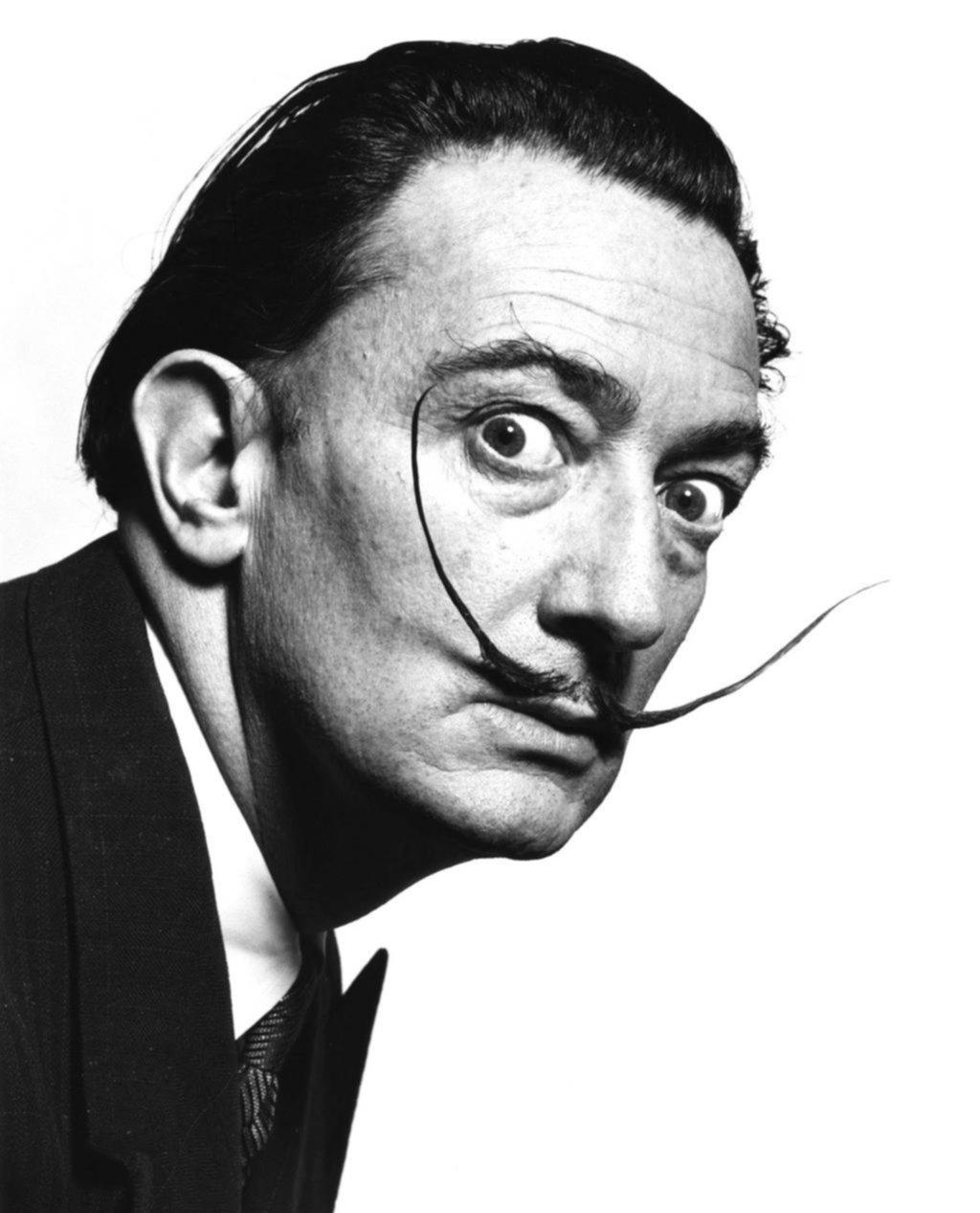 El genio surrealista de Dalí brilla en su obra gráfica