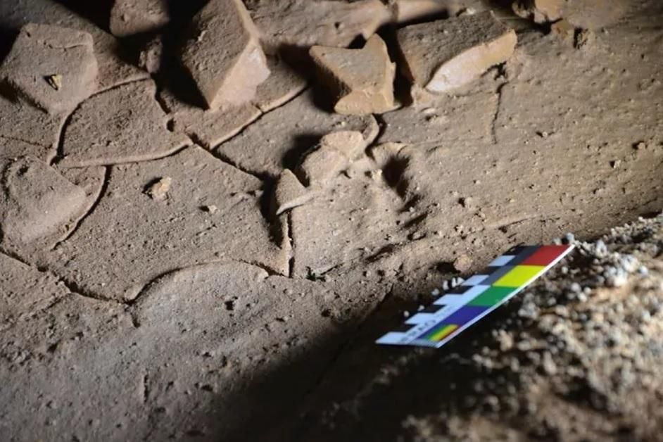 Pie pequeño: descubren en Cantabria huellas de niños de hace 16.500 años