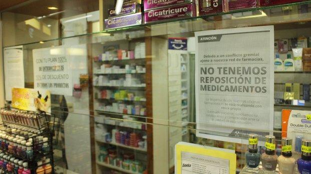"""En las farmacias dicen que la falta de remedios ya es """"insostenible"""""""
