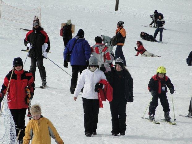 Centros de esquí: Buenos servicios y tarifas accesibles