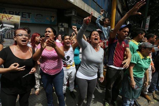 Fuerzas armadas refuerzan el desafío de Venezuela a la OEA