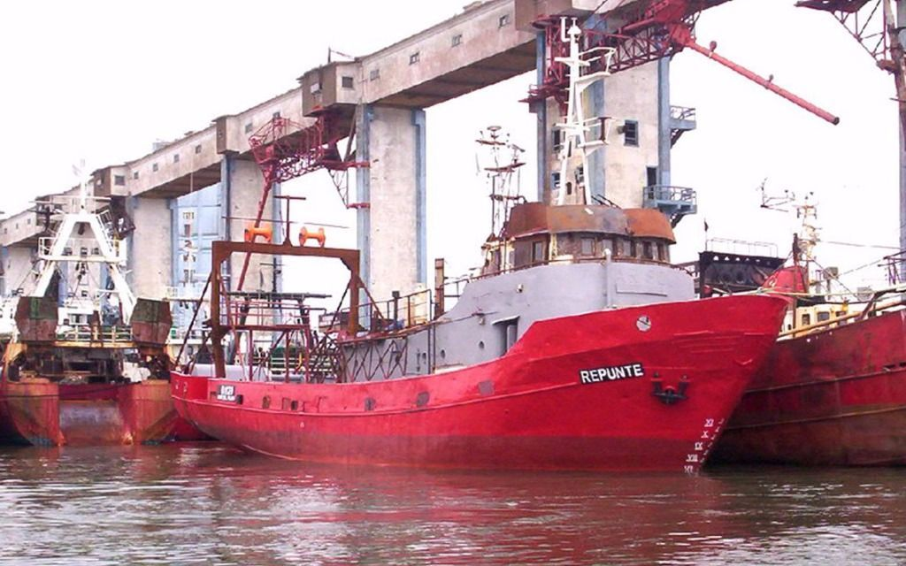 Ya son dos los marineros muertos por hundimiento de pesquero en Chubut