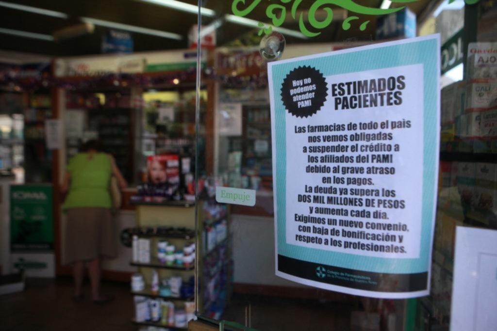 Crece estado de alerta en farmacias por el convenio con PAMI