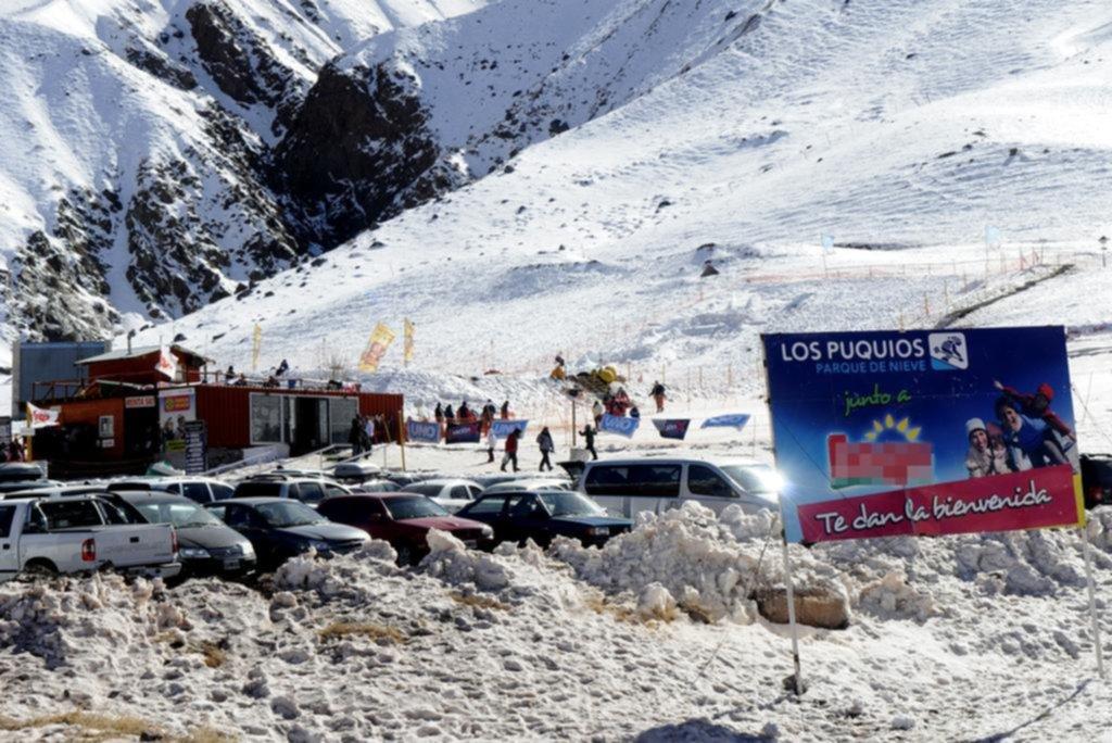 """Para los más chicos: el parque de nieve """"Los Puquios"""" anticipó su apertura"""